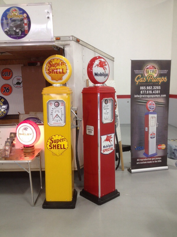Retro Gas Show Displays