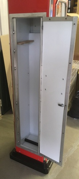 Photo ID 8580 // Locking Gun Cabinet